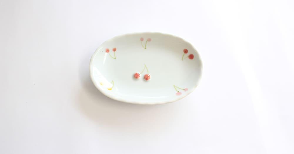 さくらんぼ 楕円小皿